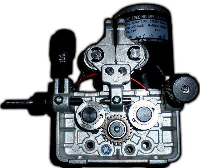 Фото Призначення механізму, що подає для напівавтоматичного електрозварювання
